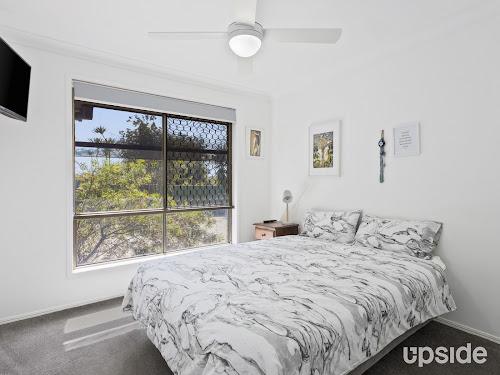Photo of property at 32 Jabiluka Drive, Highland Park 4211