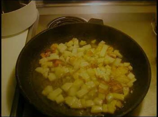 In a large skillet brown your ground beef untill lightly borwn. Drain and add...