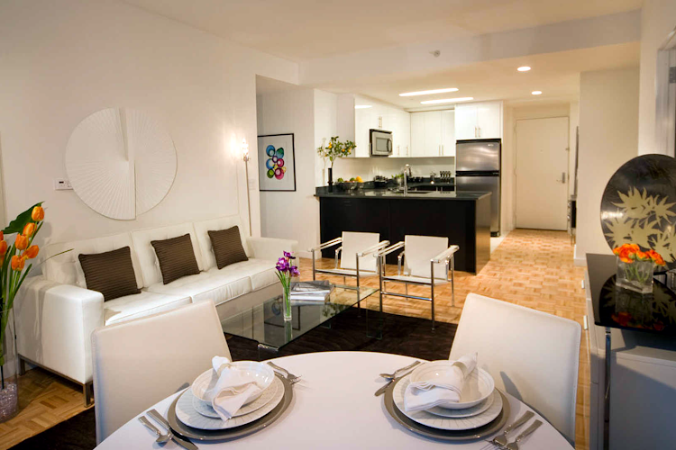 Dining space at Greene Apartments