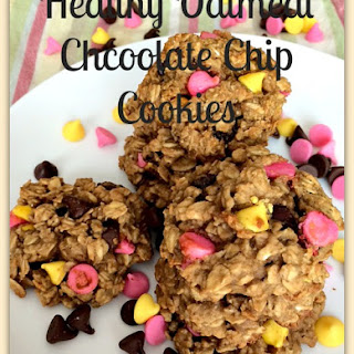 Healthy Oatmeal Chocolate Chip Cookies.