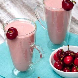 Cherry Cheesecake Protein Power Smoothie (Vegan)