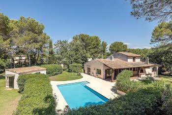 Villa 248 m2
