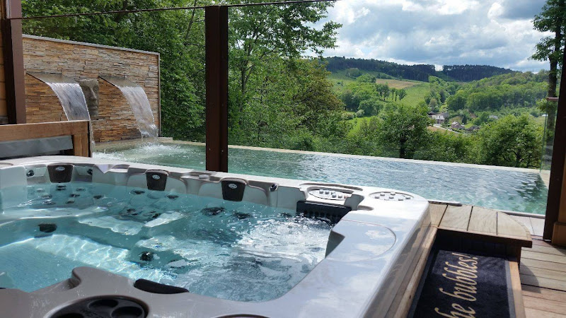Luxury Wellness Villa Durbuy Ardennes with private jacuzzi