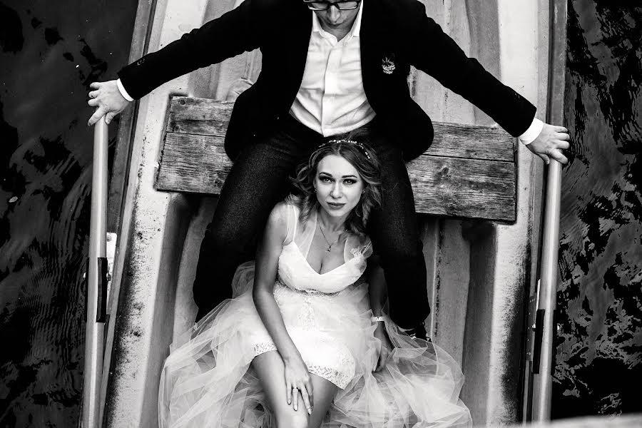 Wedding photographer Денис Исаев (Elisej). Photo of 10.09.2018