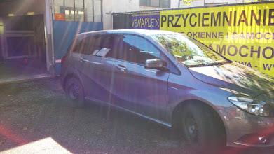 Photo: Mercedes B klasa przyciemnianie szyb kraków venaplex.pl przyciemnianie foliowanie oklejanie szyb kraków