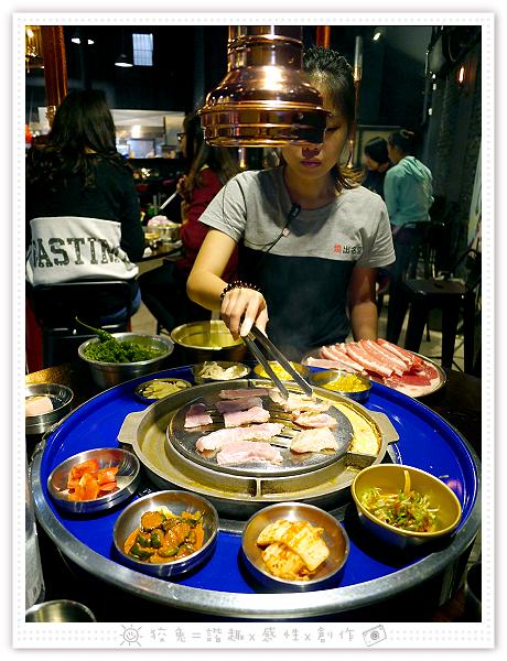 燒出名堂~汽油桶韓式燒肉!多種小菜無限供應&桌邊烤肉服務!牛豬雙人套餐、明太子石鍋拌飯、都教授炸雞!