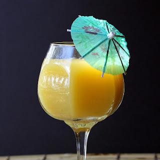 Pineapple Grapefruit-Rum Cocktail