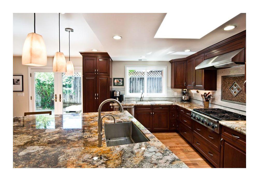 Кухня в цветах: серый, светло-серый, темно-коричневый, бежевый. Кухня в .
