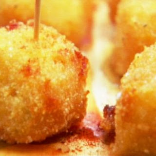 Honey-Glazed Fried Manchego Cheese Recipe