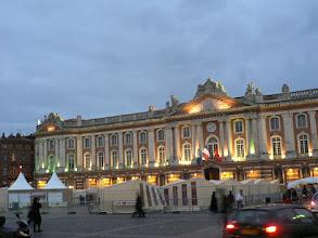 Photo: voici le Capitole, j'y arrête mes pas