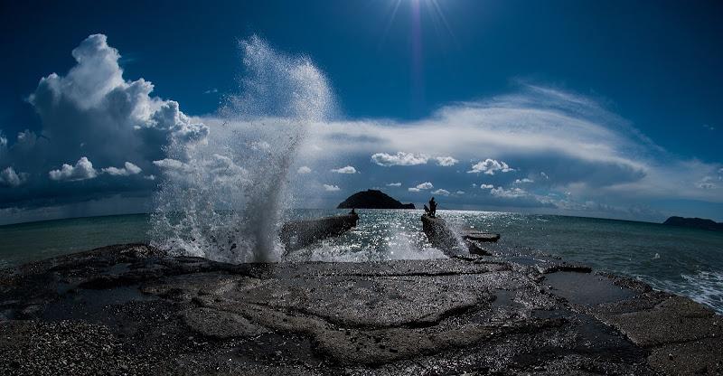 clouds and waves di Zerosedici