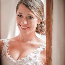 Wedding photographer Dario Castillo (lumieregraphique). Photo of 28.03.2018