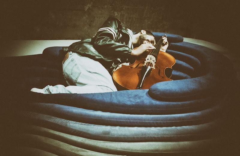 La musica è l'unico piacere sensuale senza vizi. (Samuel Johnson) di F.O.