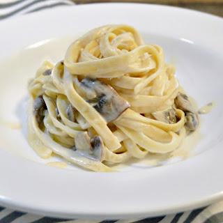 Mushroom Fettuccine with Smoked Gouda Alfredo Sauce