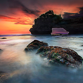 the temple of the deep by Agus Adi - Landscapes Beaches ( #seascape #landscape #bali #agusadi #canon #beautifull #wonderfull #temple #blending #dope )