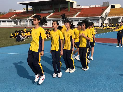 108學年度一年級班際跳繩比賽(另開新視窗)