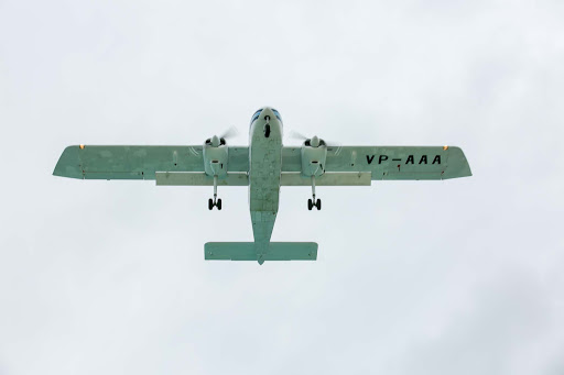 maho-beach-plane-overhead.jpg - Closeup of a plane overhead at Maho Beach.