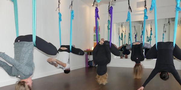 Yoga Aérien Débutant et Intermédiaire