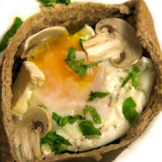 Garlic Mushroom, Gooey Brie & Poached Egg Pitta