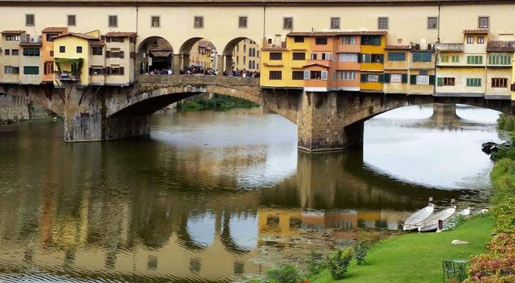 Riflesso del Ponte Vecchio di cesca_di.pietro
