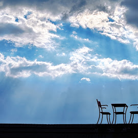 Livin´ on the edge by Michal Fokt - Artistic Objects Furniture ( chairs, clouds, table )