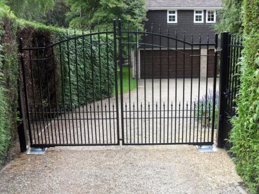 Cửa cổng mở tự động