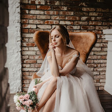 Wedding photographer Elena Dmitrova (LenaLena). Photo of 19.08.2018