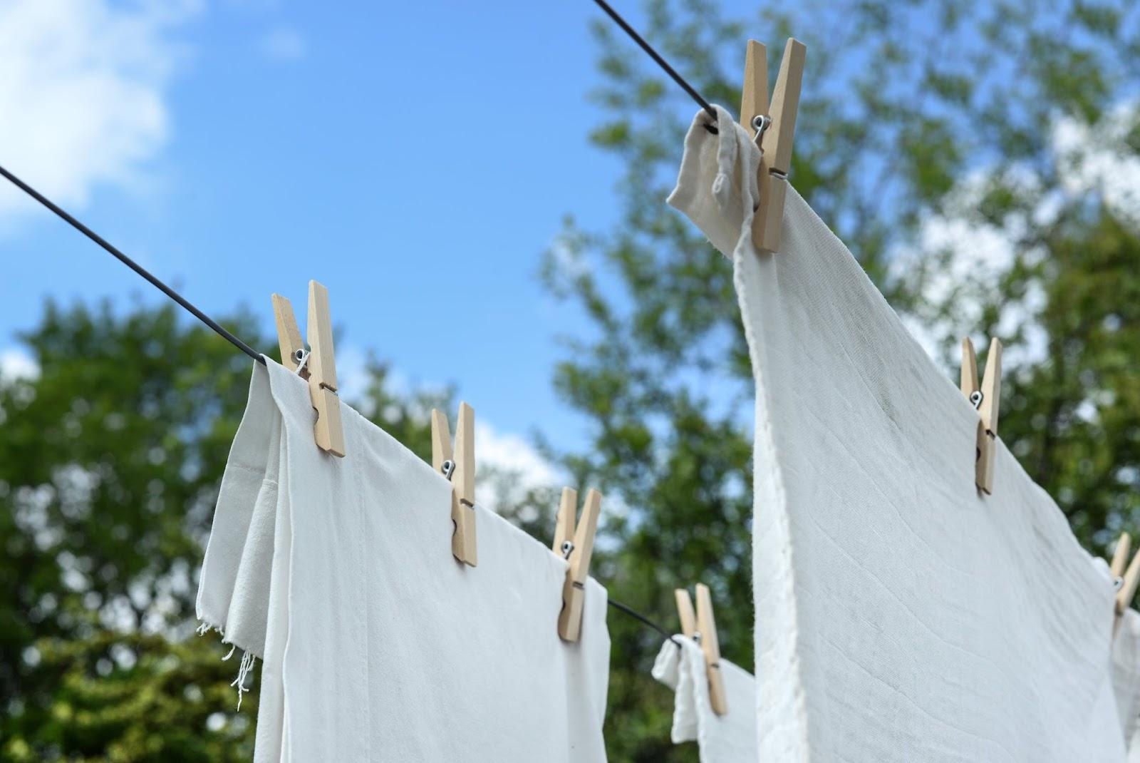 Wie lange kann man nasse Wäsche in der Waschmaschine lassen?