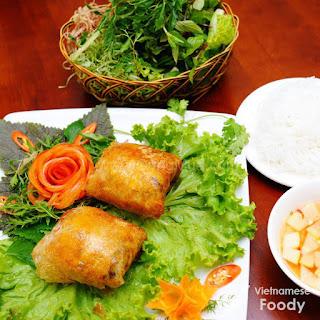 Description Vietnamese Fried Crab Spring Rolls.