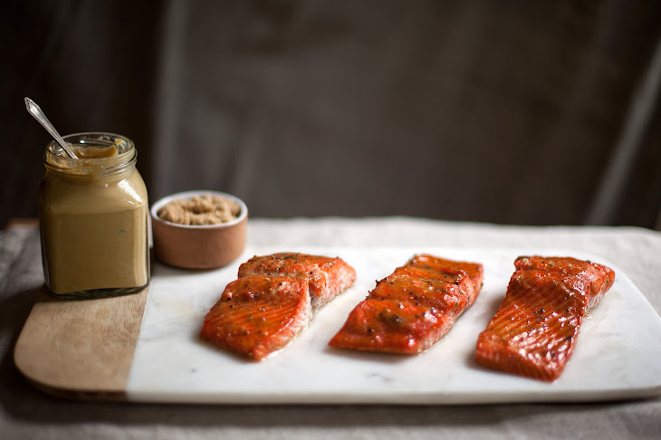 Roasted Salmon Glazed With Brown Sugar and Mustard Recept | Yummly
