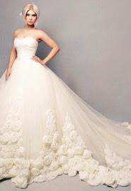 свадебные платья в пятигорске на рынке лира фото