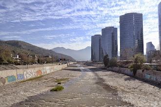 Photo: Río Mapocho Sanhattan, Thiare Rivas
