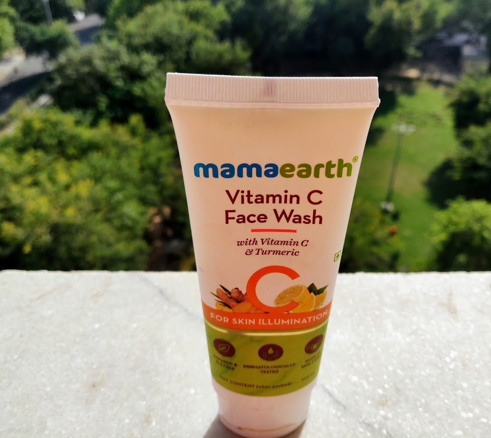 mamaearth vitamin c face wash