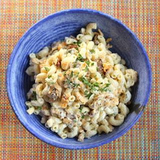 Buttermilk Bacon Cheddar Macaroni Salad
