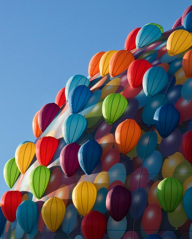 Piccole mongolfiere crescono.. di ETTORE STABILINI