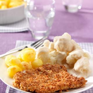 Krokante Schnitzel Met Bloemkool & Kaassaus