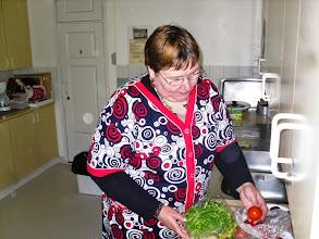 Photo: Nadia osaa tehdä Lylä-kebabia.