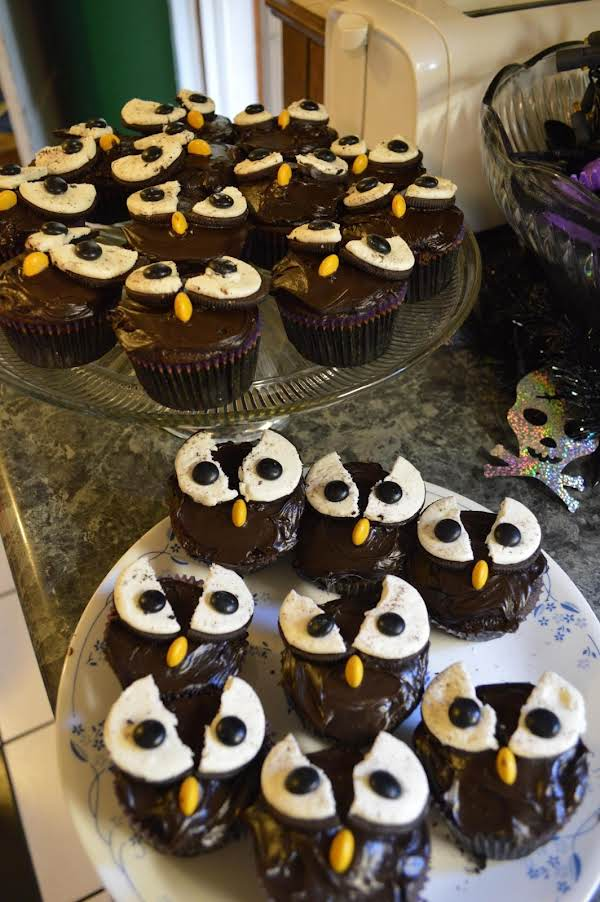 Spooky Owl Cup Cakes