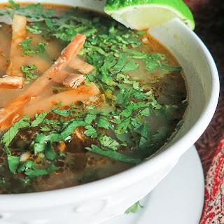 Instant Pot Rotisserie Chicken Sopa de Lima