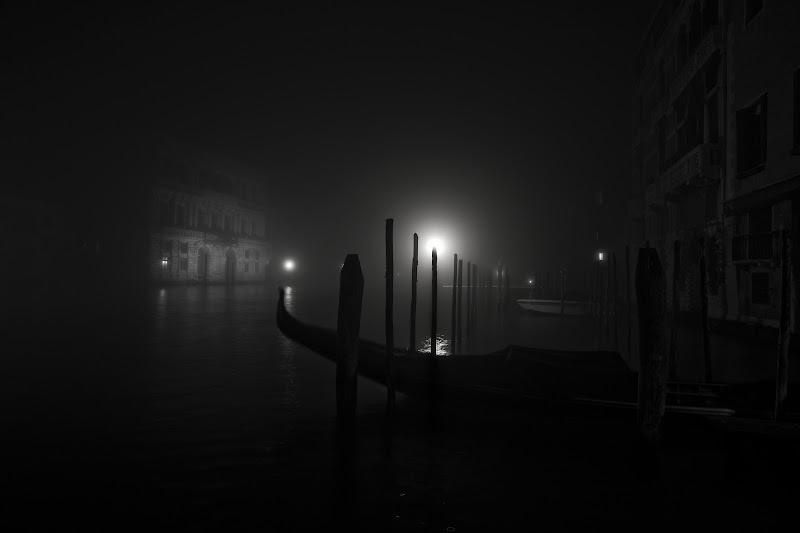 Dorme la città sull'acqua di Massimiliano_Montemagno