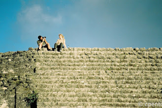 Photo: Scattando una foto ricordo / Shooting a picture