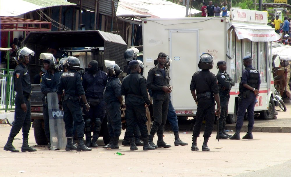 Protests in Guinea as president suspected of extending his term