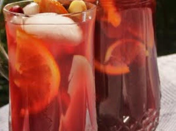 Cranberry Pomegranate Holiday Sangria Recipe
