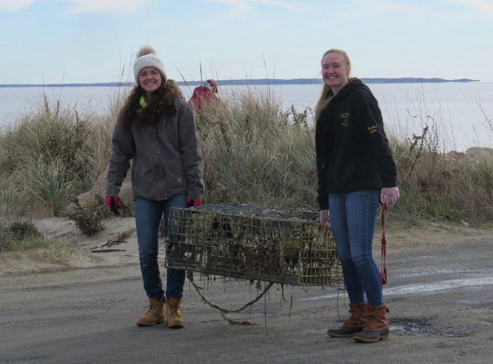 U:\WRWA Beach Cleanup Nov 18 2017\23658617_1540808909321725_7710941477186691570_n.jpg