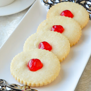 Old Fashioned Shortbread Cookies.