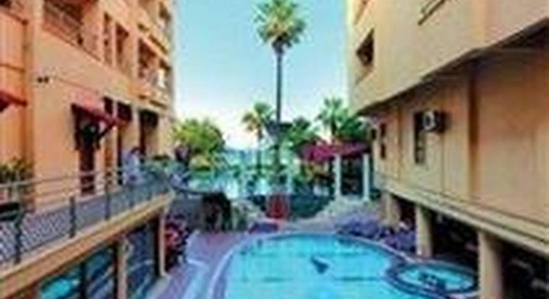 Dragos Beach Hotel
