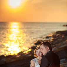 Wedding photographer Natalya Firsanova (arete). Photo of 07.10.2014