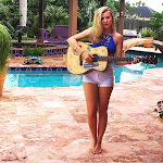 Live Music: Colleen Miller