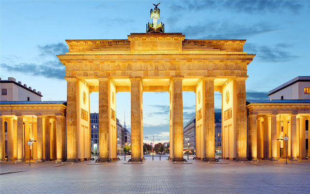 Brandenburg Gate  Themes & New Tab