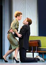 Photo: Wien/ Theater in der Josefstadt: DER GOCKEL von Georges Feydeau. Inszenierung: Josef E. Köpplinger. Premiere 19.11.2015. Pauline Knof, Roman Schmelzer. Copyright: Barbara Zeininger